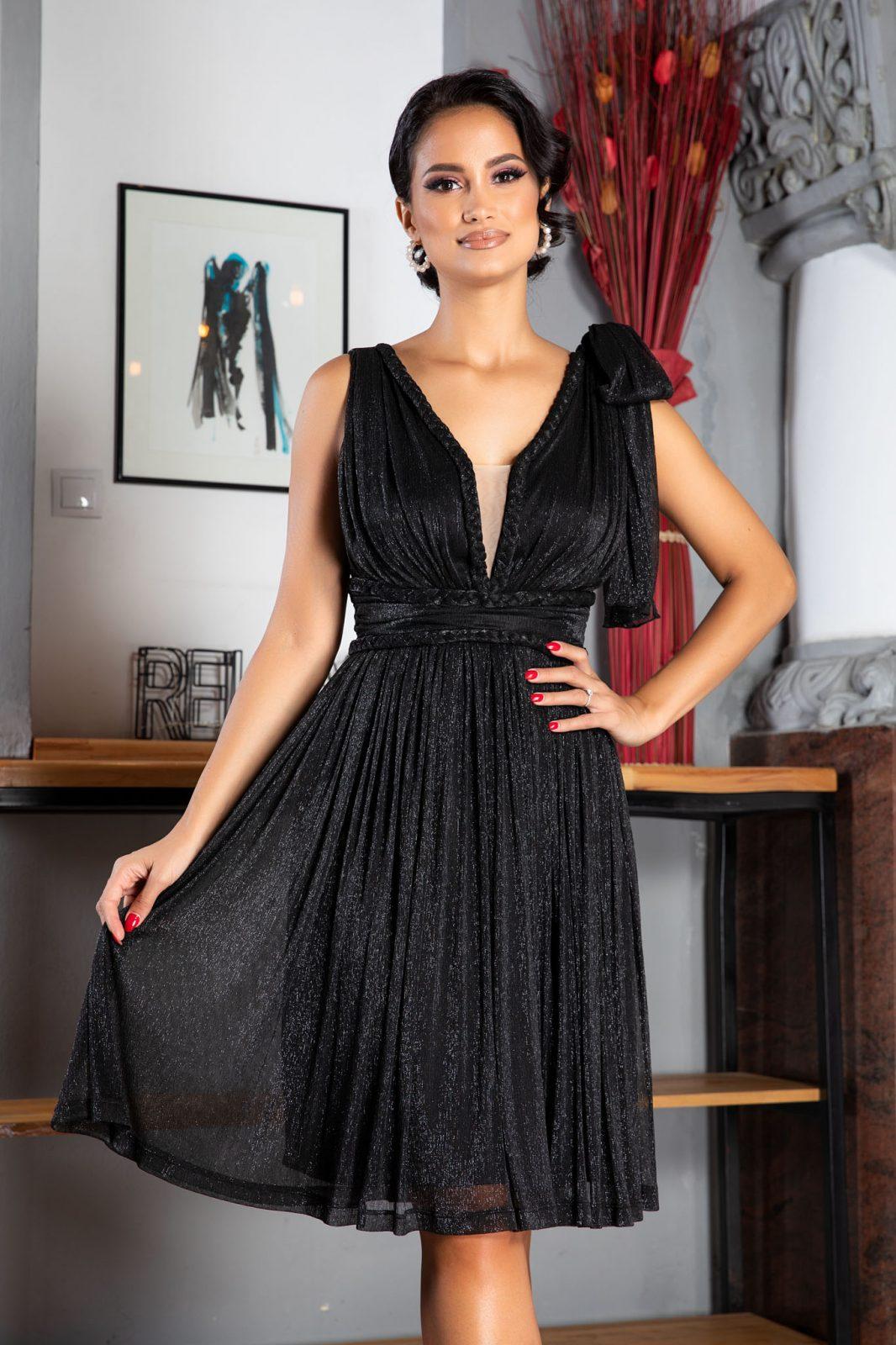 La Donna Deea Black Dress