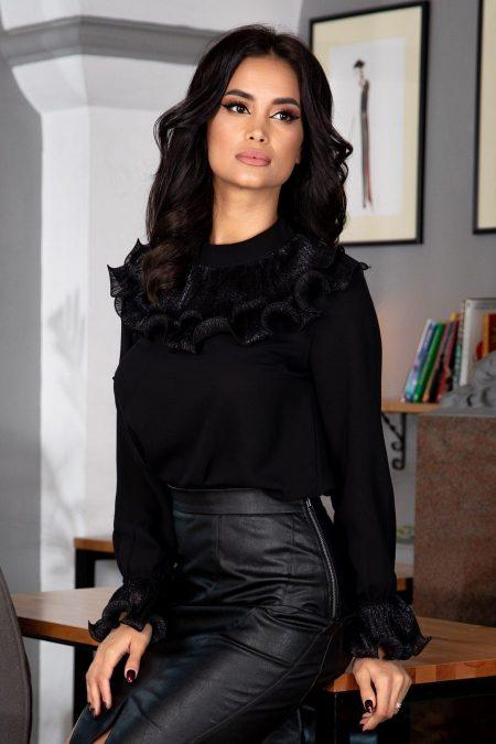 Lyna Black Blouse
