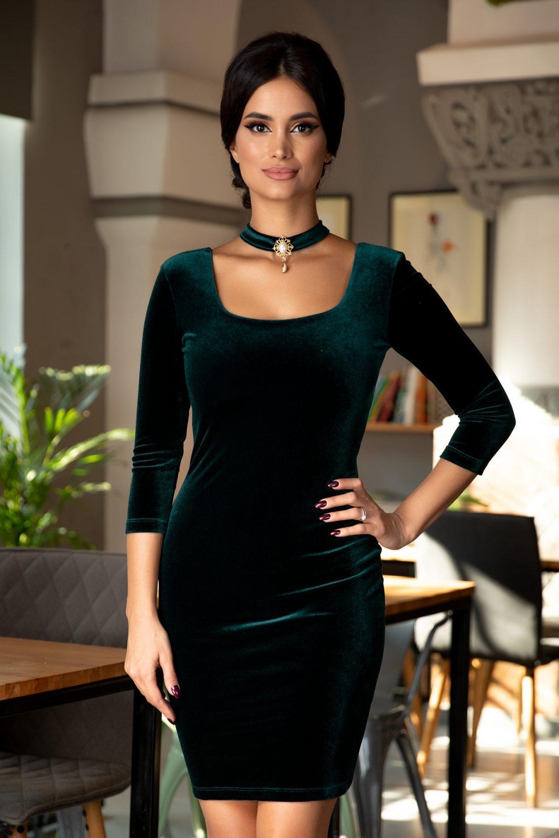 Kianna Green Dress