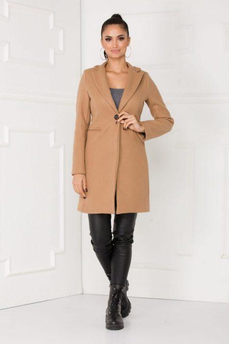 Lizz Cream Coat