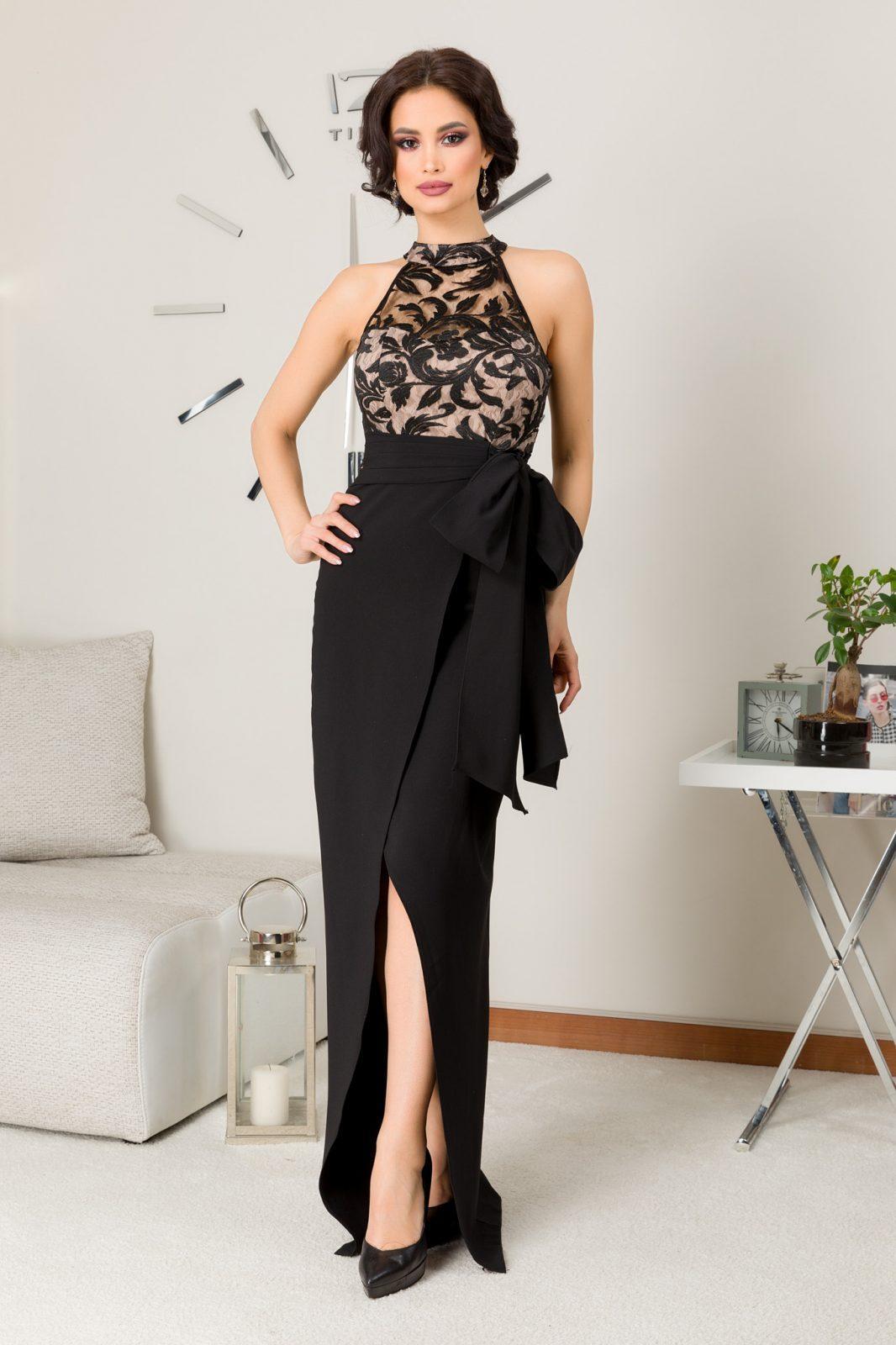 Spectacullar Black Dress