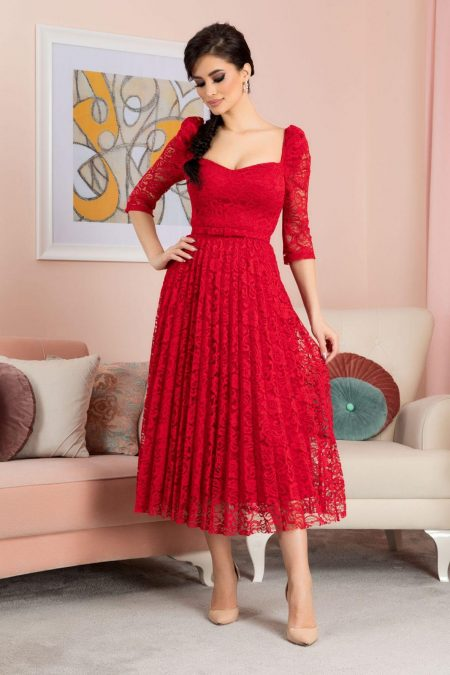 Thara Red Dress