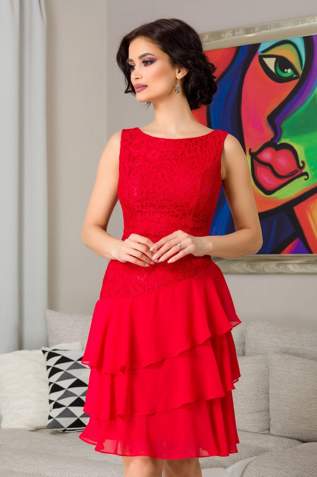 Emina Red Dress