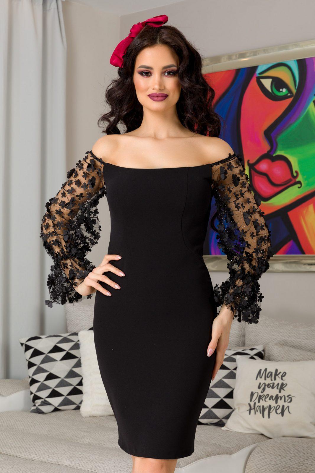 Aliona Black Dress