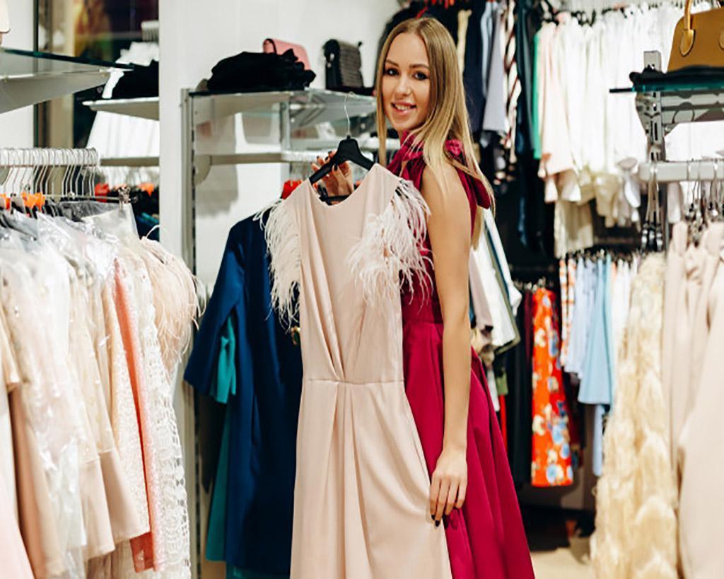 Ντυθείτε με στυλ με τα γυναικεία βραδινά φορέματα! 1