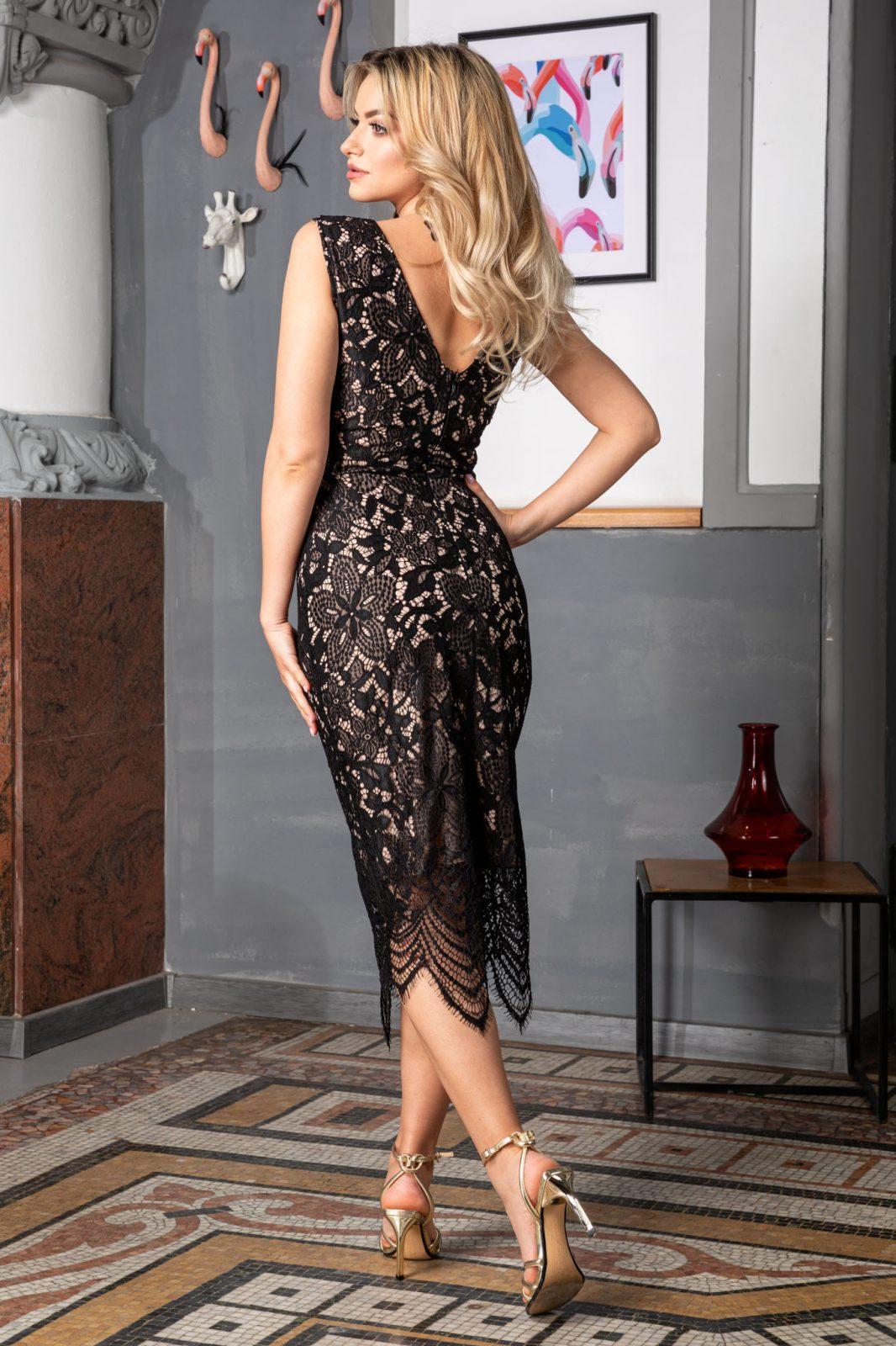 Φόρεμα Μαύρο Από Δαντέλα Alma 8149