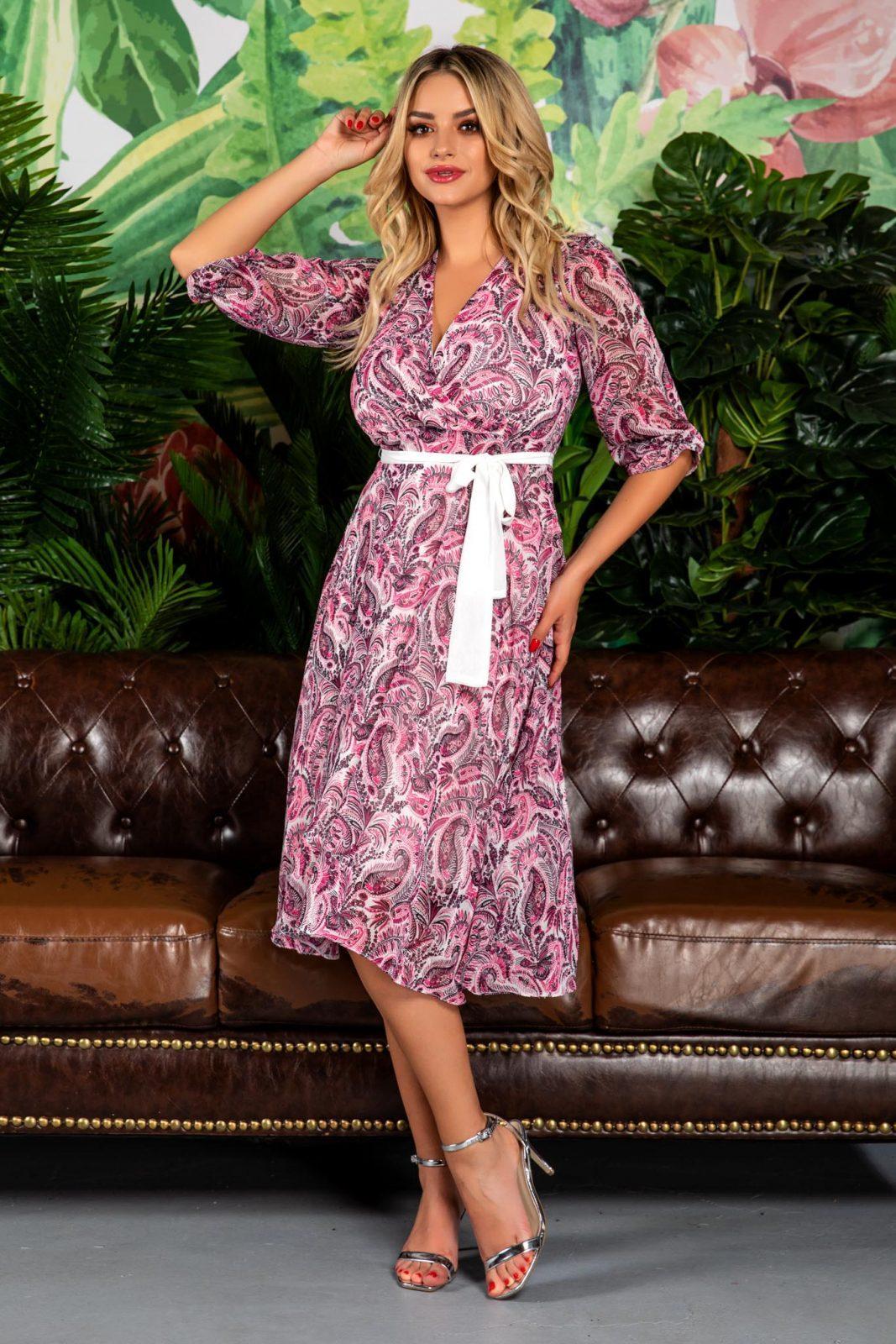 Ροζ Midi Φόρεμα Σε Κλος Γραμμή Arisha 7833