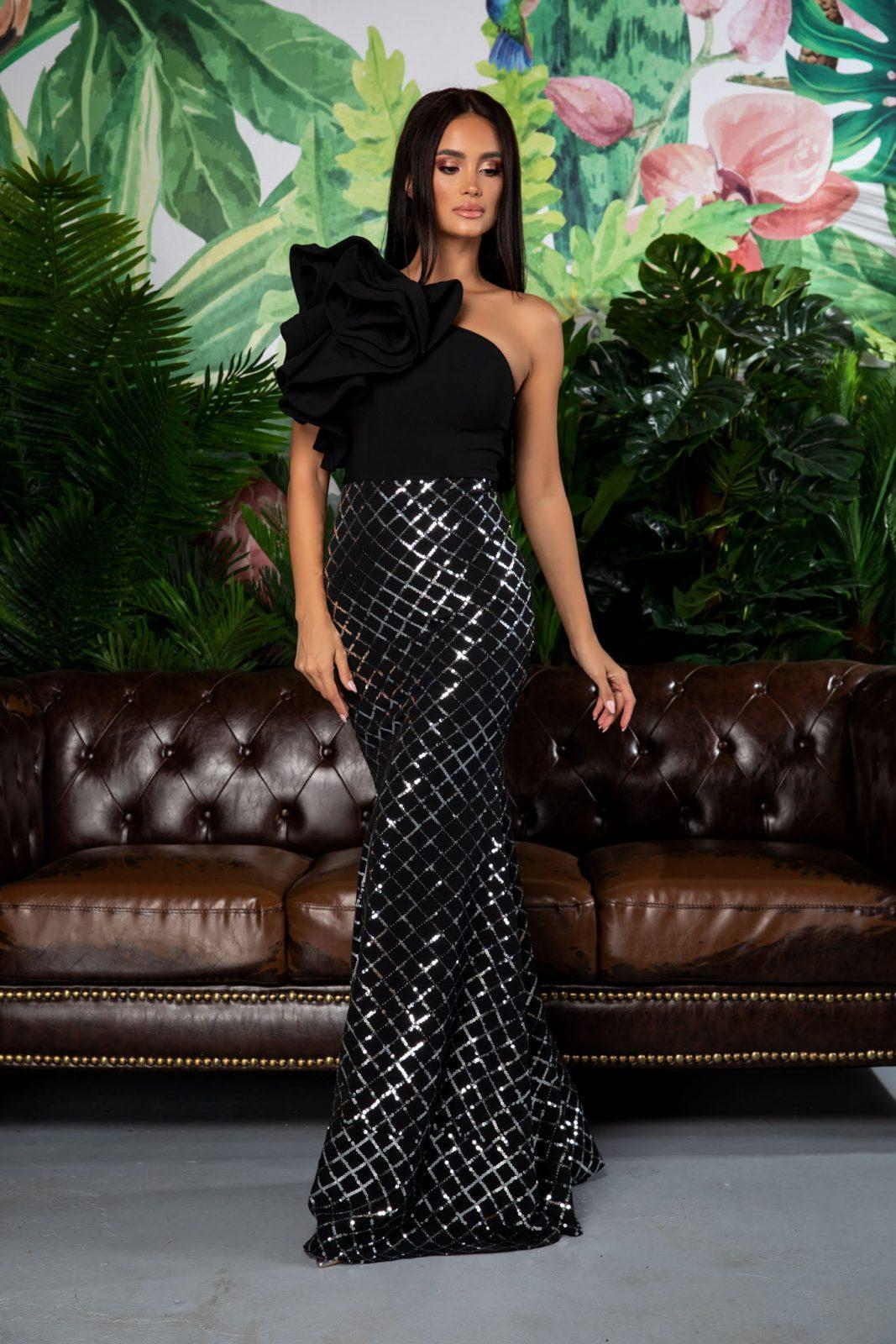 Fabulous Black Dress