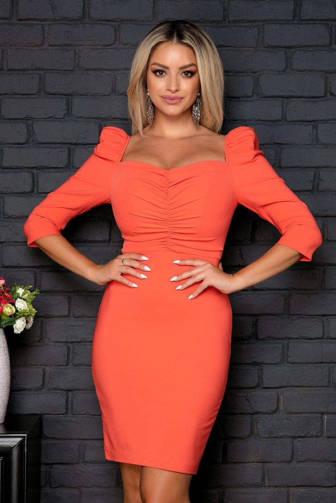 Κοραλί Φόρεμα Σε Στενή Γραμμή Amaya 8003