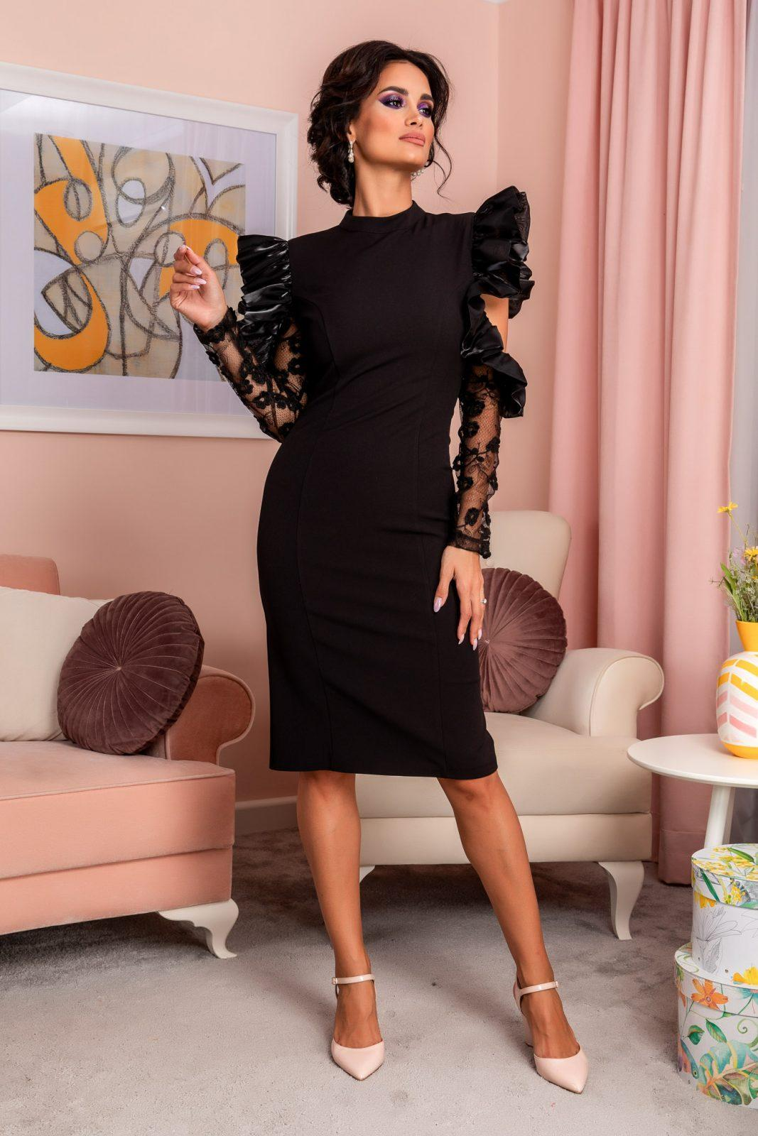 Reyna Black Dress