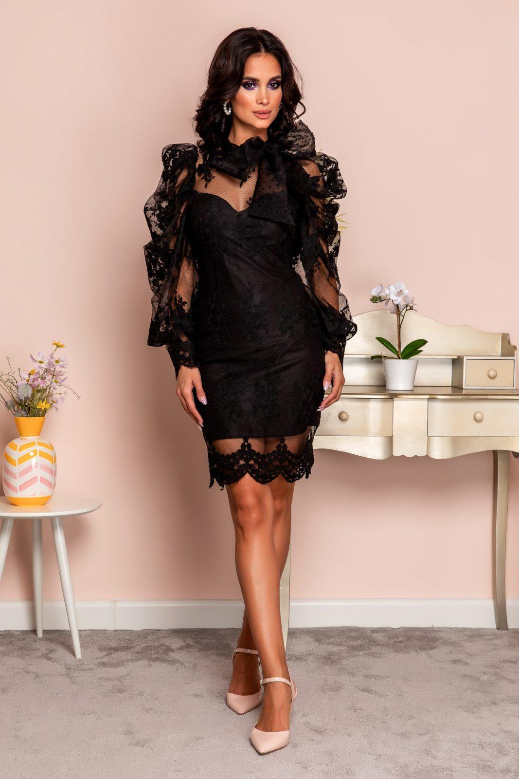 Ozana Black Dress