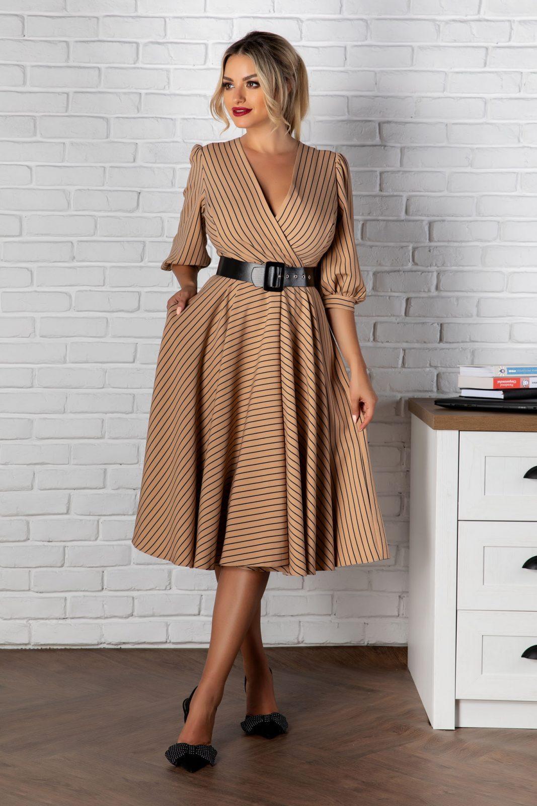 Μίντι Ριγέ Φόρεμα Με Ζώνη Renata 8126