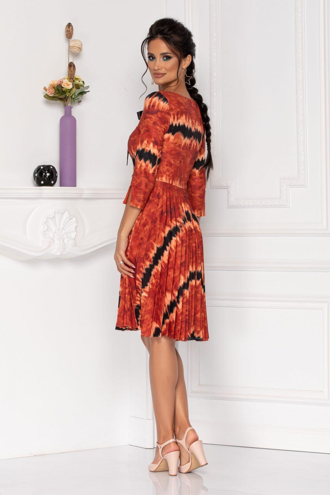 Κεραμιδί Πλισέ Φόρεμα Madelyn 8469
