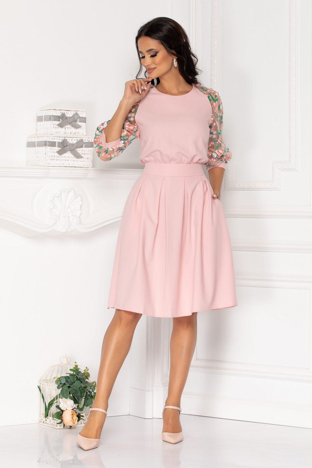 Ροζ Φόρεμα Με Διάφανα Μανίκια Evans 8517 1