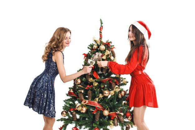 Στιλιστικές προτάσεις για το φετινό Χριστουγεννιάτικο ρεβεγιόν. 1