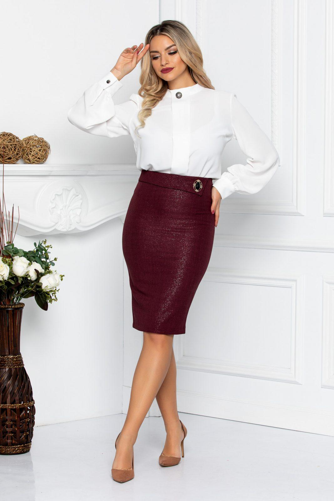 Corry Burgundy Skirt