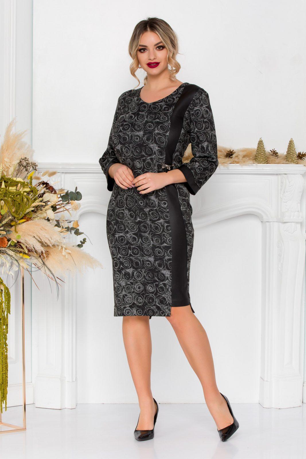 Μαύρο Πλεκτό Φόρεμα Με Δερματίνη Katalina 8910 1