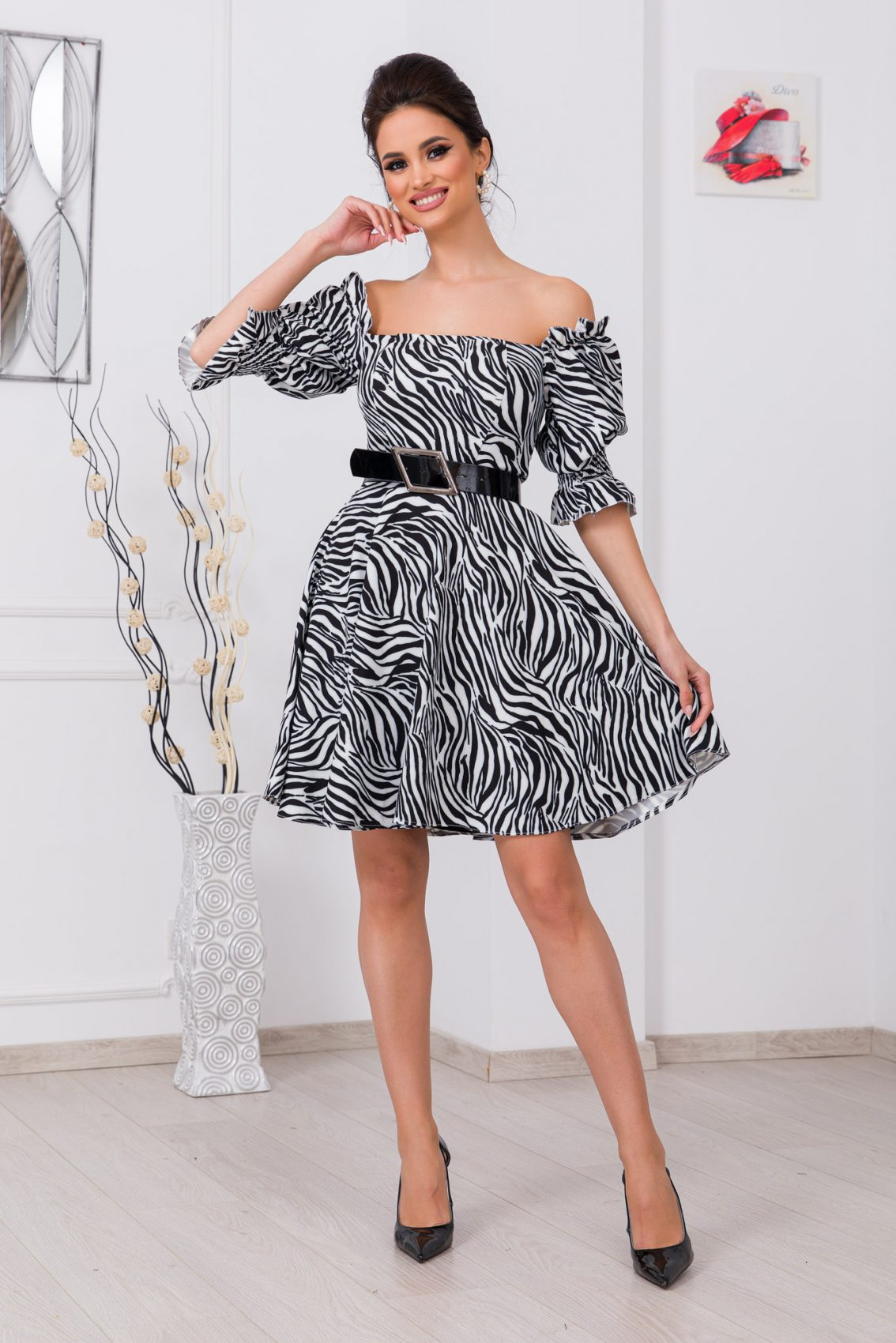 Ασπρόμαυρο Φόρεμα Με Ζώνη Elixir 9728 1