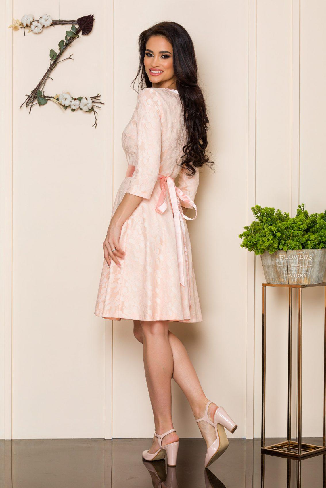 Ροζ Φόρεμα Από Δαντέλα Shelby A181 2