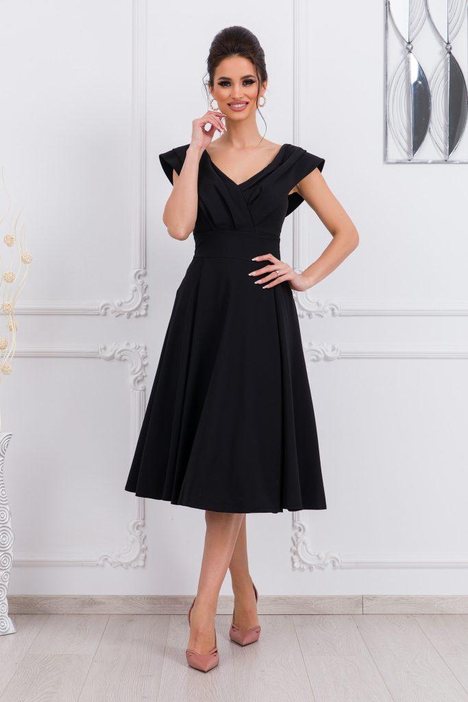 Μαύρα ρούχα σε μεγάλα μεγέθη 4