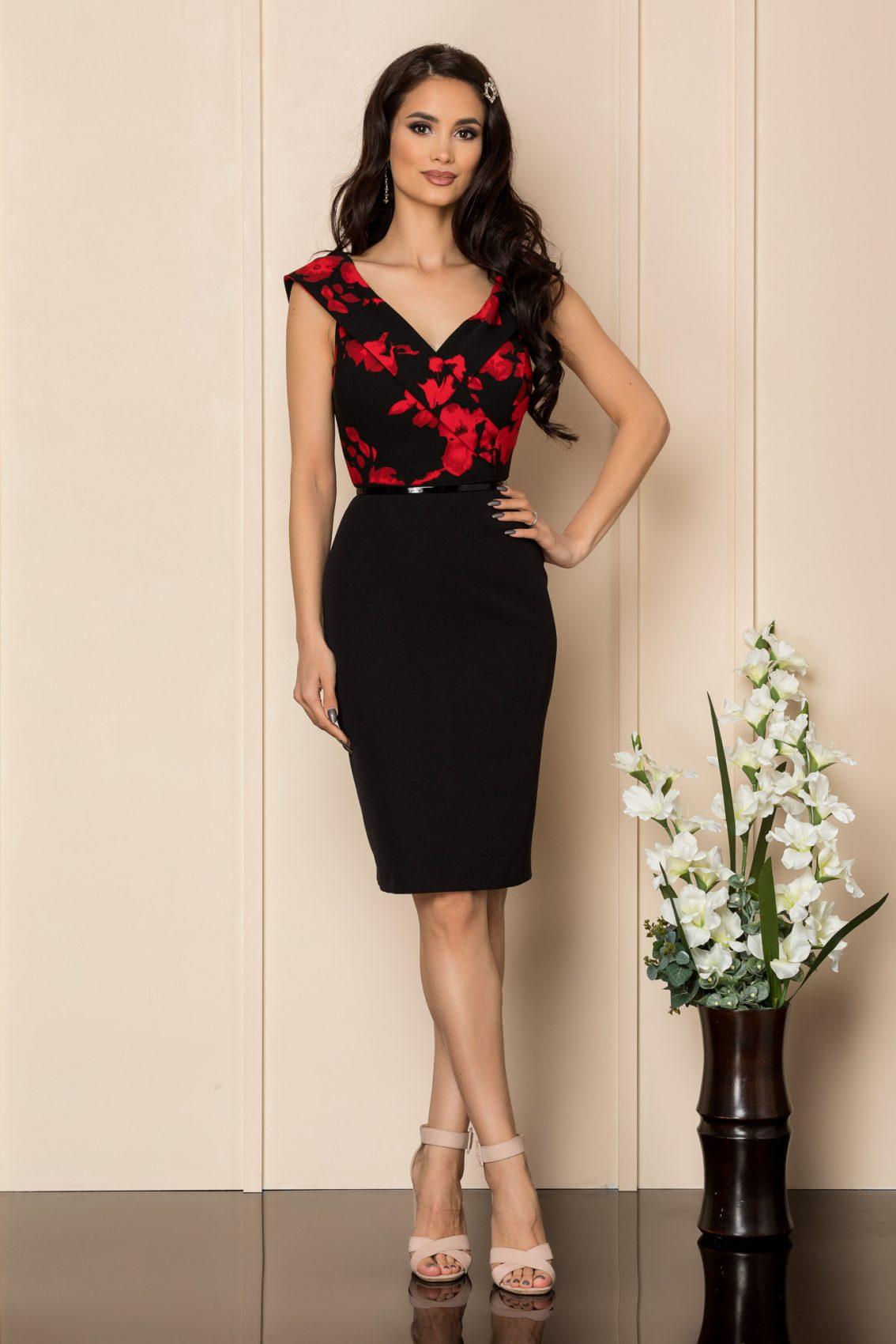 Μαύρο Φόρεμα Με Κόκκινα Λουλούδια Carlia A403 1