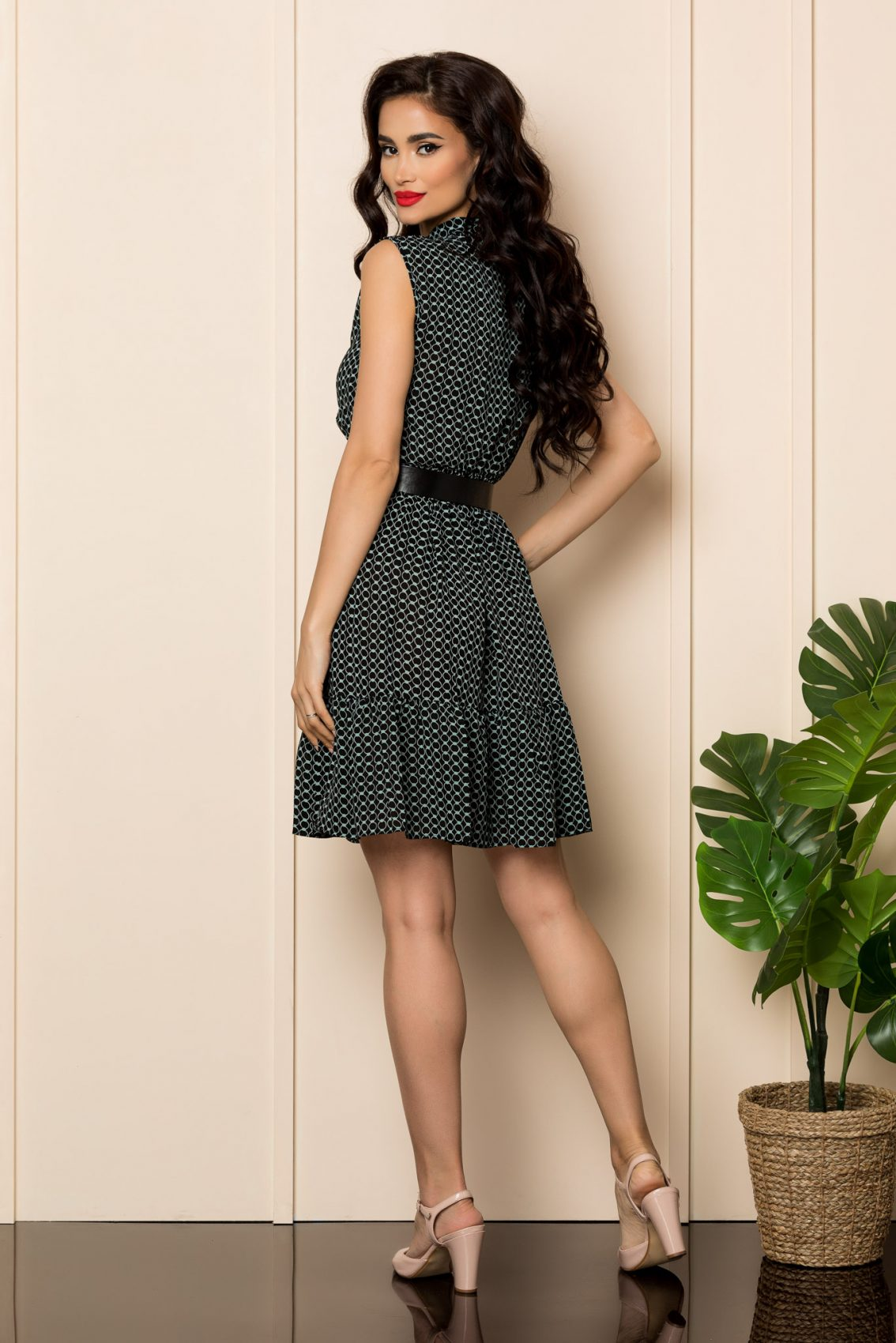 Φόρεμα Με Βολάν Και Ζώνη Lara 7702 2