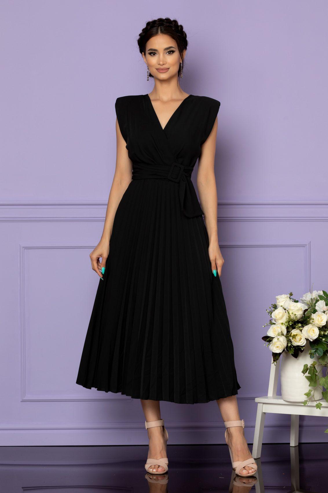 Μαύρο Φόρεμα Με Βάτες Carmen A653 1