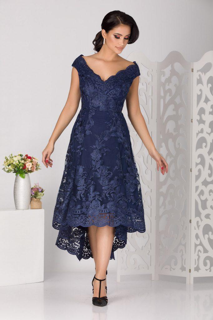 Μπλε φόρεμα 13