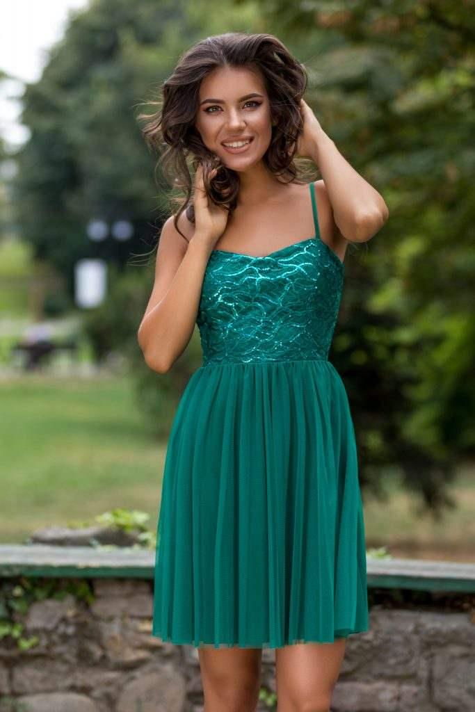 Πράσινο φόρεμα | Πώς μπορείς να το συνδυάσεις 14