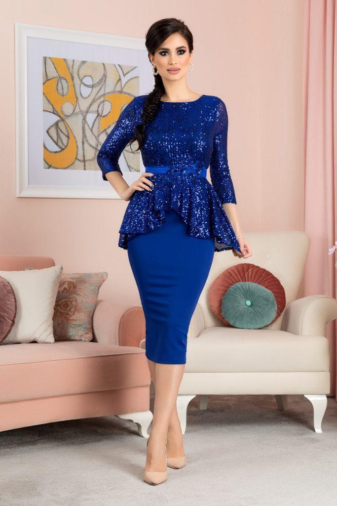 Μπλε φόρεμα 17