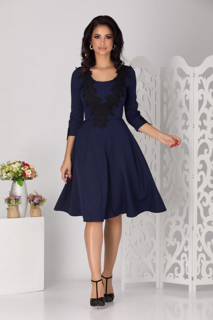 Μπλε φόρεμα 12