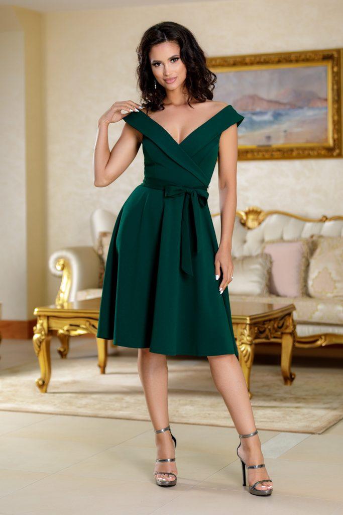 Πράσινο φόρεμα | Πώς μπορείς να το συνδυάσεις 17