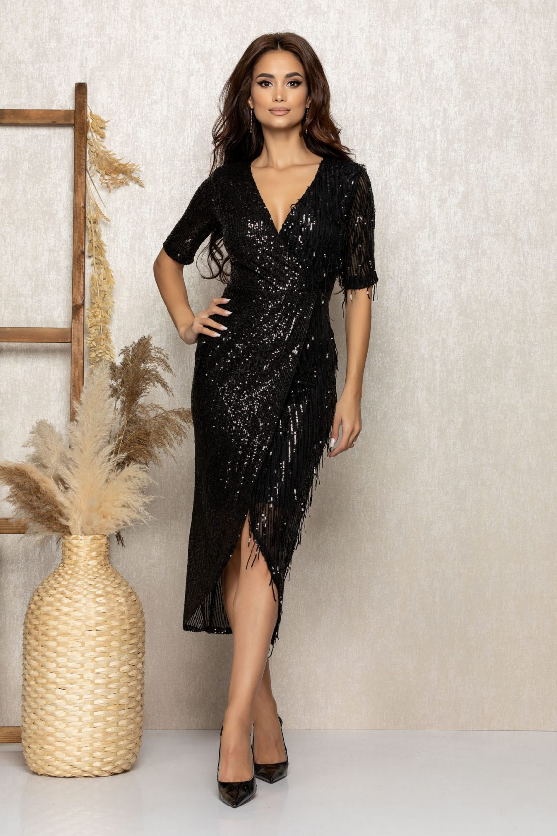 Μαύρο Μίντι Βραδινό Φόρεμα Με Πούλιες Onix T298 1